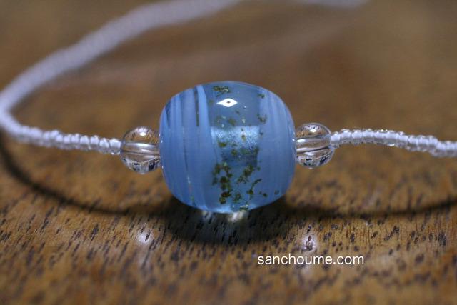 glass beads �ʤȤ�̡ܶ˥��ꥢ�忧ή��