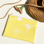 New!【Linen/Large】Yellow Flower フラットポーチ