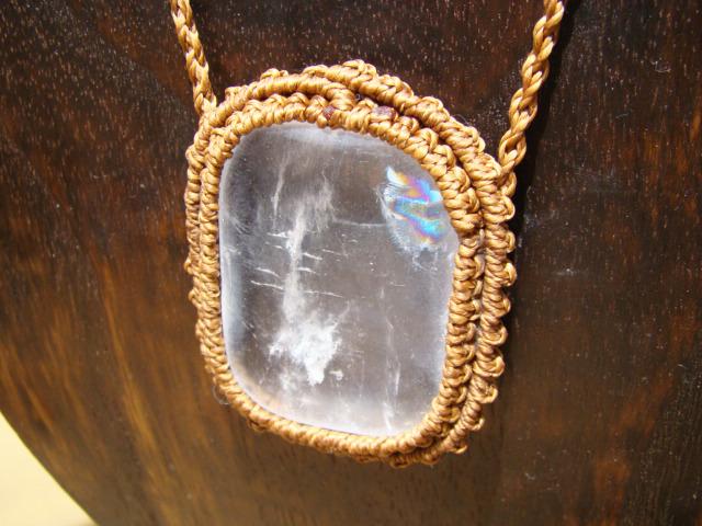 天然石 大粒水晶 マクラメ編みネックレス