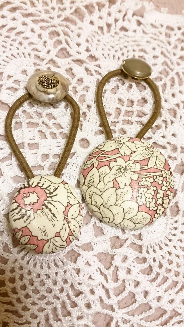 リバティ ピンク花柄 くるみボタンヘアゴムセット