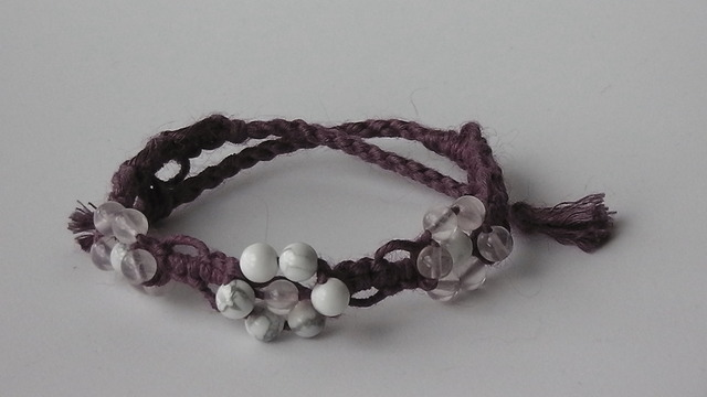 お花シリーズ:ハウライト+ローズクオーツ (紫)