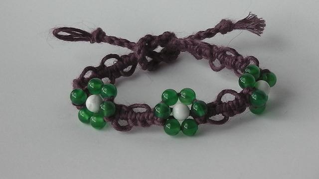 お花シリーズ:ハウライト+緑メノウ (紫)