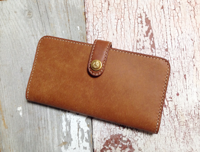 vintage button longwallet