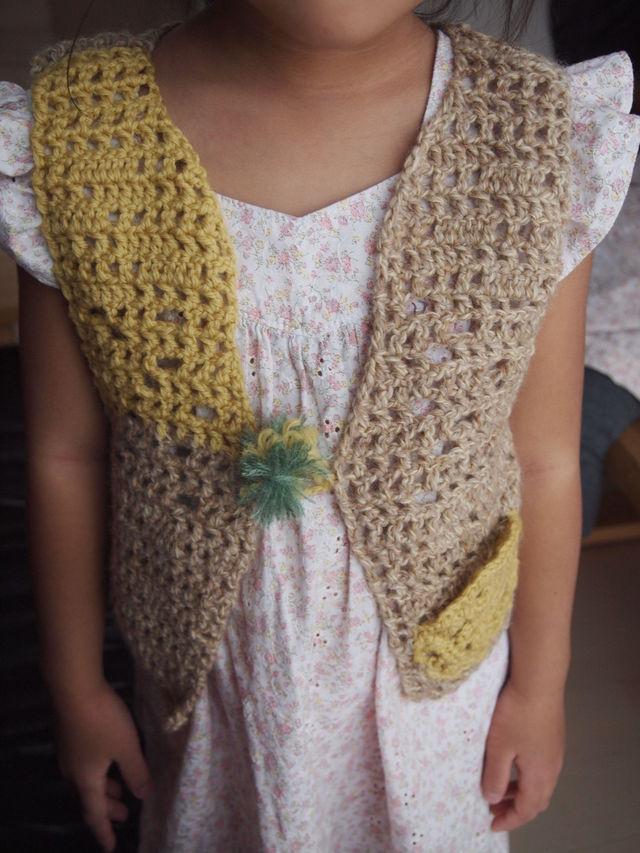 かぎ針編みキッズ用ベスト