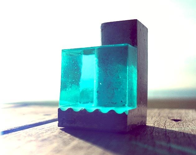 """小さな海のペンスタンド。 """"Pool-A""""(ブルー)"""