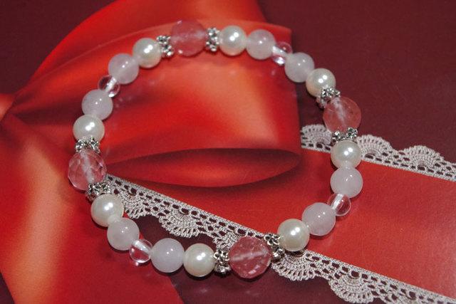 桜色ブレスレット 天然石