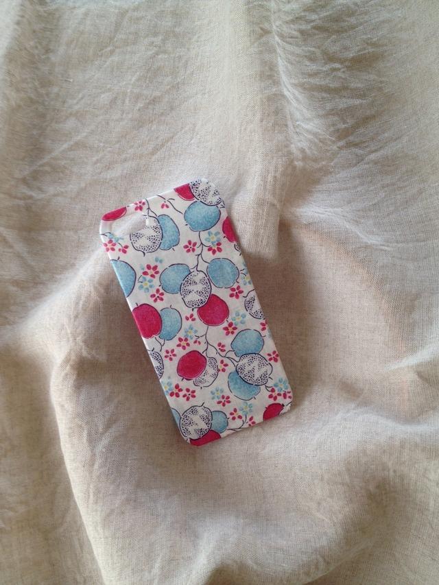 リバティ iphoneSE  iphone5/5s(風船の実)
