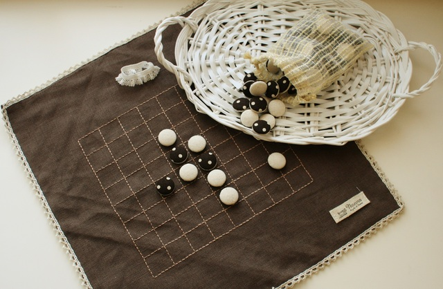 ナチュラルアンティークな布製リバーシ  大きめサイズ