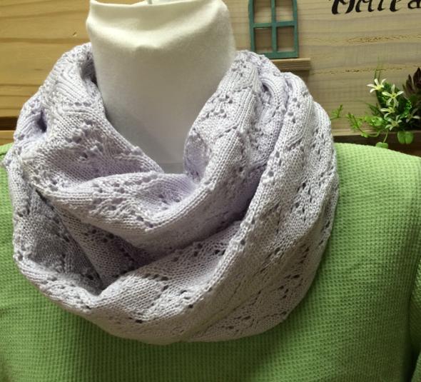 お花見のおともに 透かし編みスヌード ライトグレー