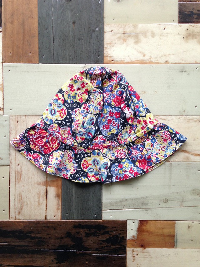 flower hat black 1