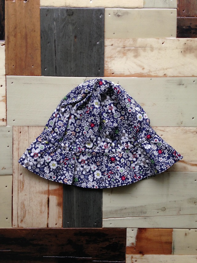 flower hat navy 1