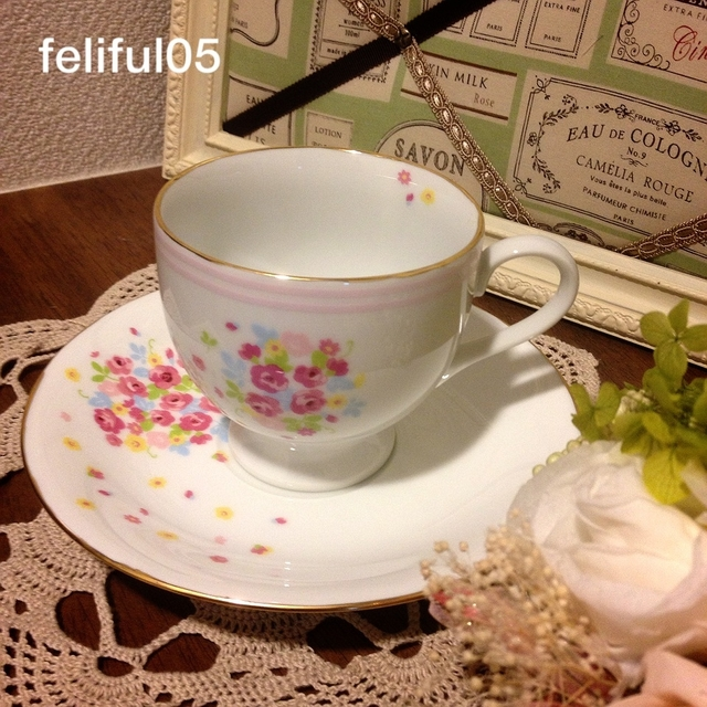 13SS_B01*お花柄カップ&ソーサー*