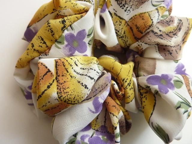 再販 貝殻とお花のシュシュ