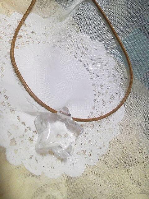 ☆星形クリスタル(水晶)のネックレス☆