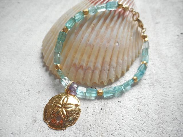 Sanddollar Apatite Ocean bracelet--スカシカシパン タコノマクラ