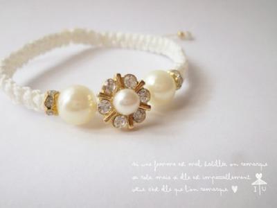 【再販3】White* flower コードブレスレット