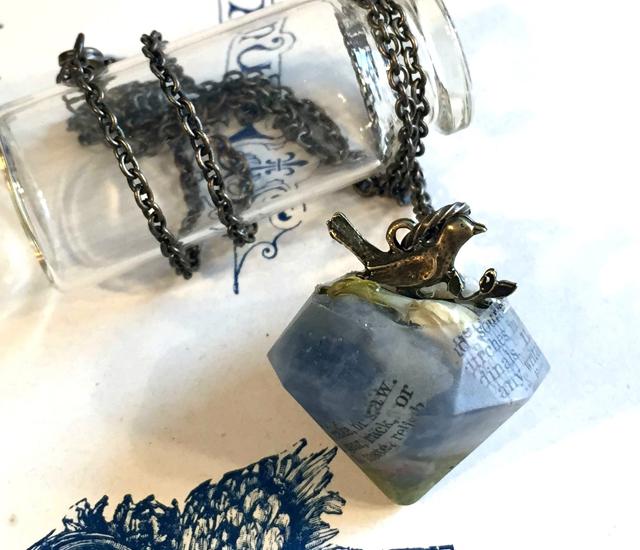 宝石型ペンダント - 小鳥&カルサイト