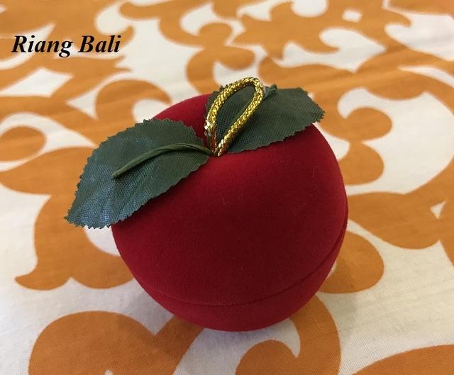 🍎贈り物に!リンゴ型リングボックス