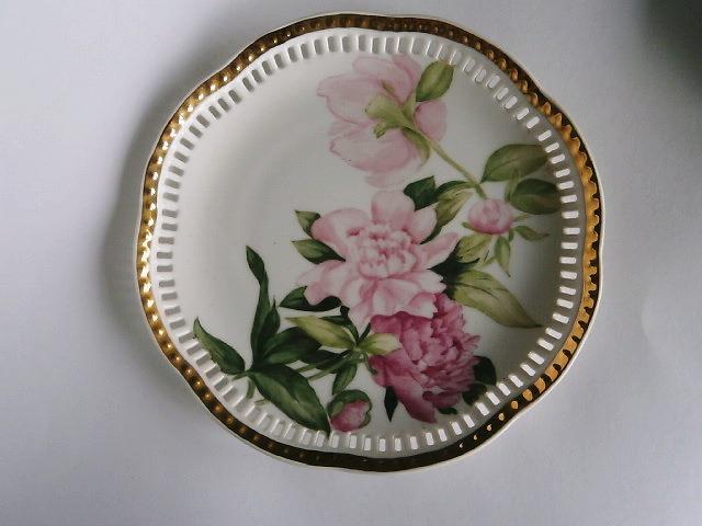 シャクヤの絵皿