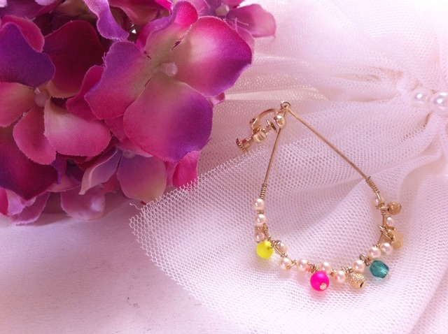 mini pearl hoop earring