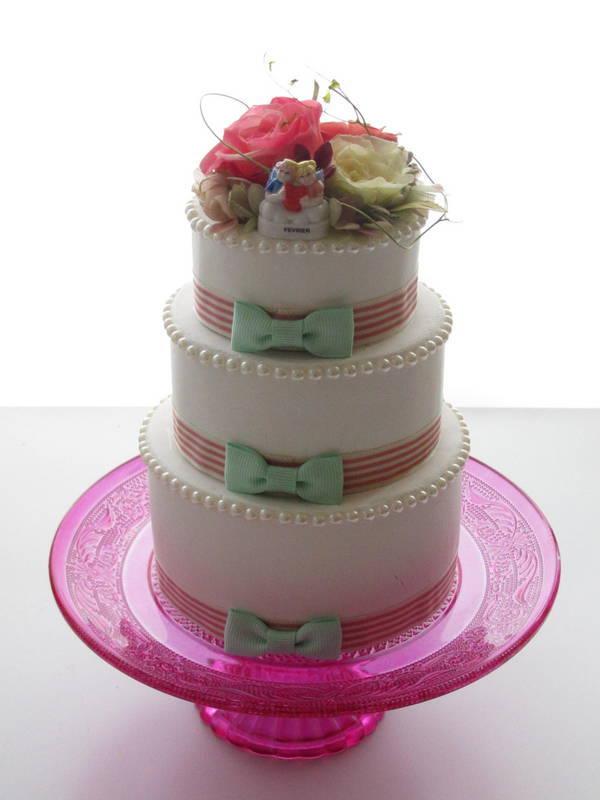 3段ケーキ 二人の愛