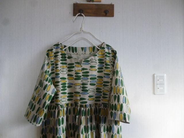 北欧調綿麻の切り替えギャザーチュニック裾レース
