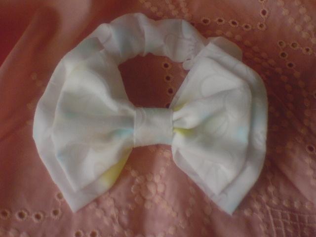 ダブルリボンシュシュ オパール花柄