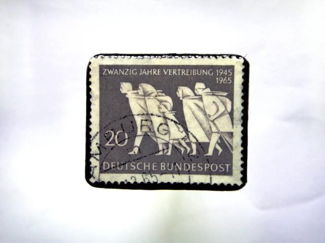 ドイツ 切手ブローチ874