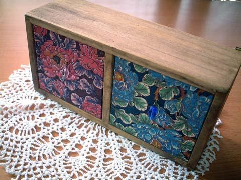 リバティ引き出しつき木製飾り棚Day dream