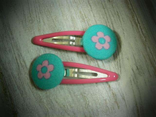 くるみボタンのプチパッチンどめ2コセット---ピンクの花---