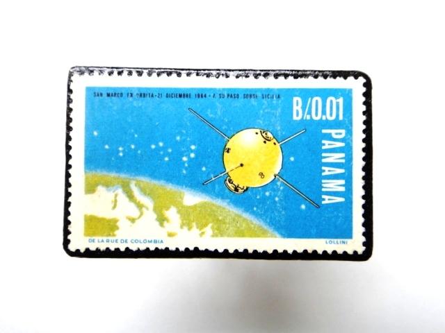 パナマ 宇宙切手ブローチ886