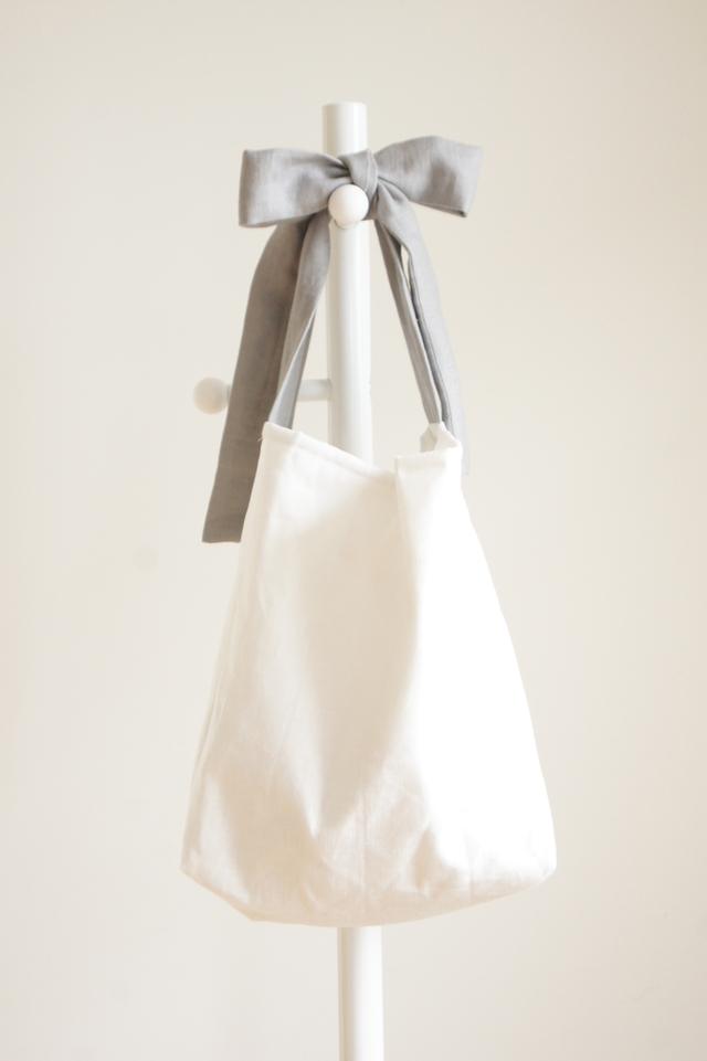 【再販】最終 リネンキルティングリボンのバッグ(グレー)