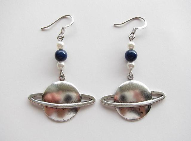 土星ピアス (silver, lapis lazuli)