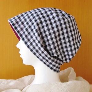 夏に涼しく下地にもなる ゆったりガーゼ帽子 黒チェック/ワインレッド(CGR-005-W)
