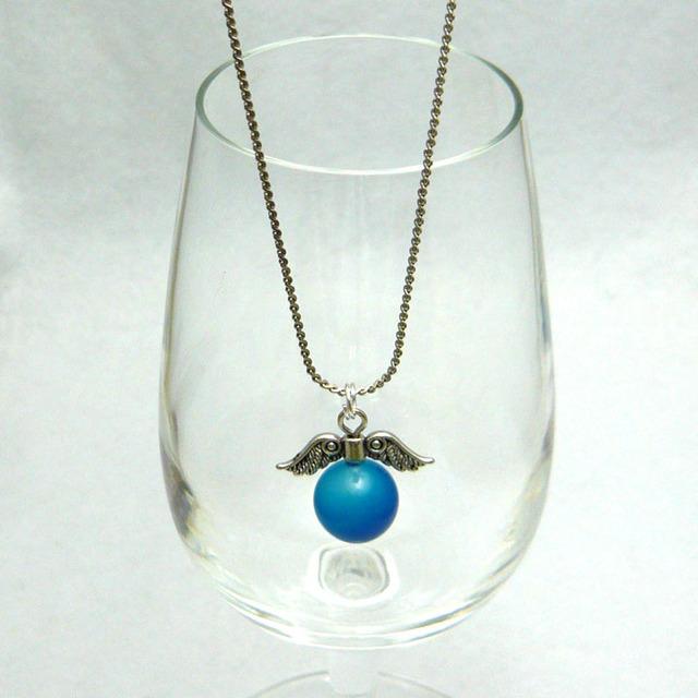 ブルーアゲートの天使の羽根ネックレス