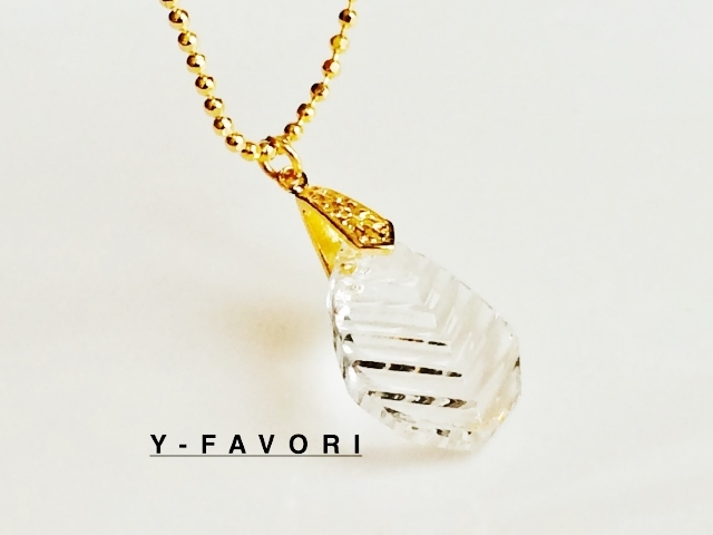 crystal・leaf*ペンダント