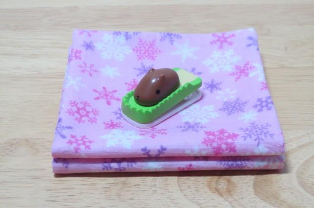 ポケット付ガーゼハンカチ サニタリーポーチ 雪の結晶 ピンク