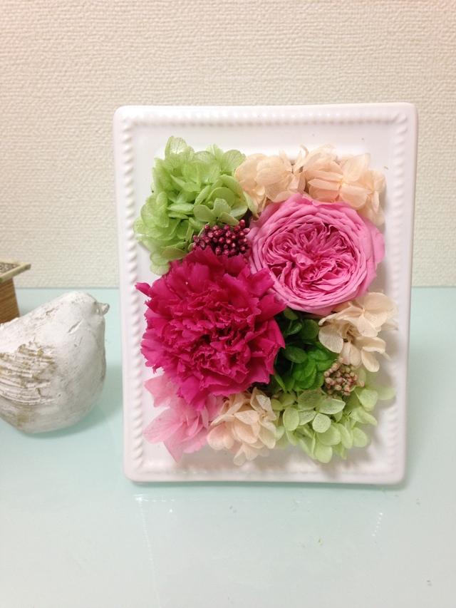 rose jardin カーネーションと薔薇