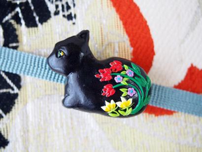 黒猫の帯留め