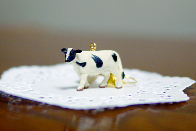 (Sold out)animal片耳ピアス【Cow】