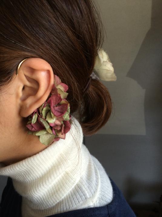 紫陽花 −pink×green− イヤーカフ