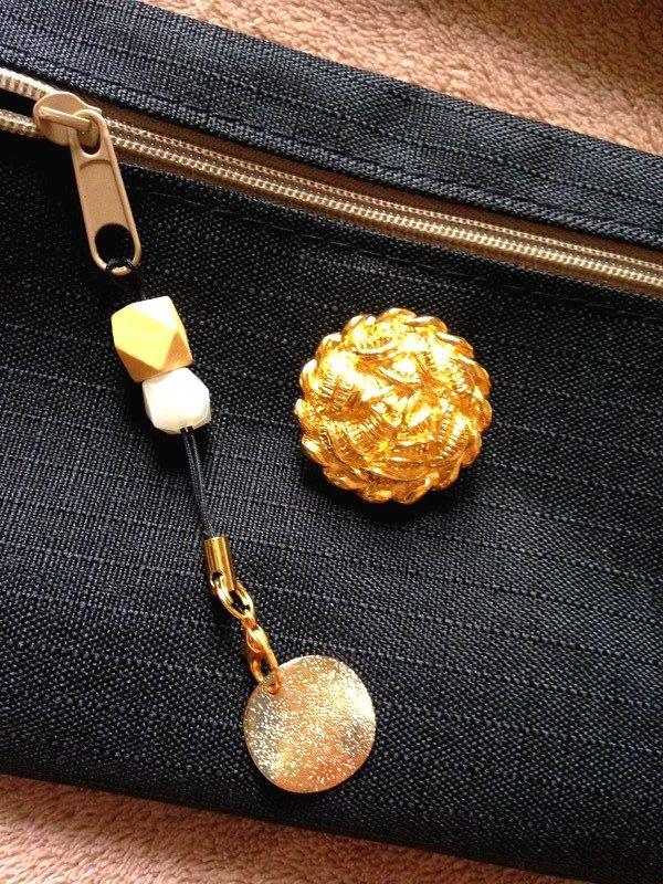 baf06a06a0 ウエストポーチ◇大きなゴールドボタン◇お財布やスマホケースにも♪携帯 ...