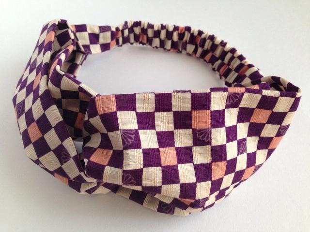 市松模様のクロスヘアバンド(紫)