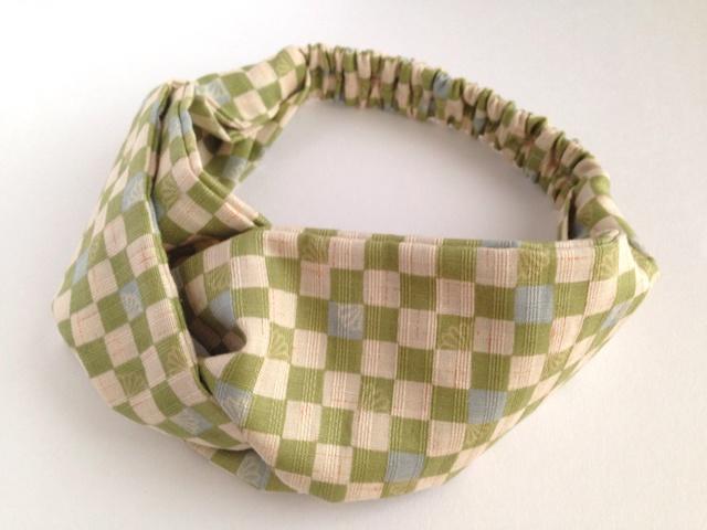 市松模様のクロスヘアバンド(黄緑)
