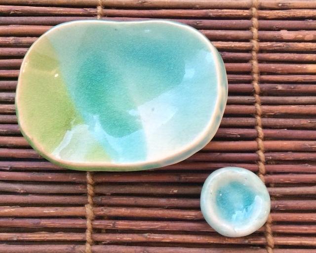 小皿1枚+箸置き(ペーパーウェイト)1個