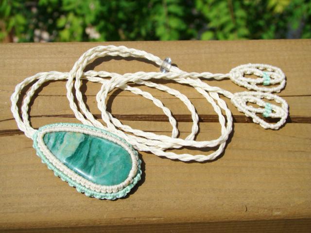 天然石グリーンジャスパー マクラメ編みネックレス