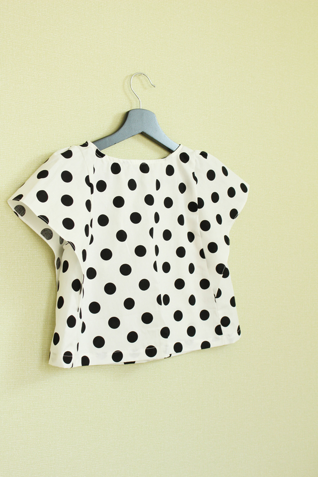 再入荷 kids  ● blouse ● polka dots 100-110size