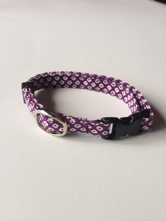 和柄 鹿の子 紫 猫の首輪