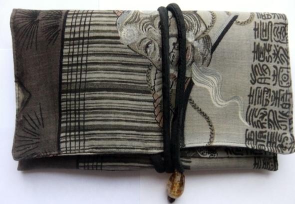 男性用の長襦袢で作った和風お財布 095