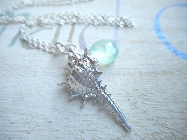 ☆再販☆ Murex Seashell with Chalcedony--silver